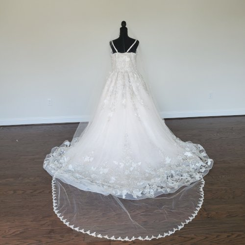 Glamorous YSA Makino DesignerDress (veil & hair piece included)