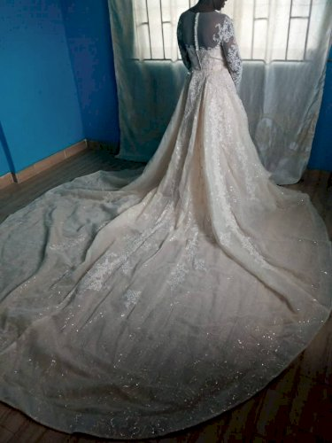 Ivory Wedding dress with Detachable Train & Belt